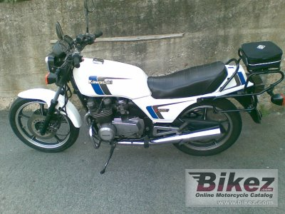 1985 Kawasaki Z 400 F (reduced effect)
