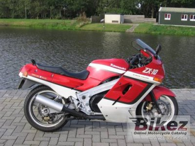 1988 Kawasaki ZX-10 (reduced effect)