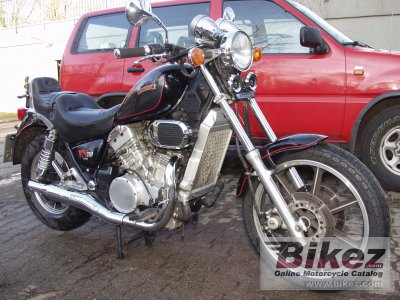 1989 Kawasaki VN 750 Twin (reduced effect)