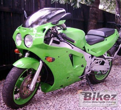 1991 Kawasaki ZXR 750 R (reduced effect)