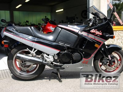 1993 Kawasaki GPX 600 R specifications and pictures