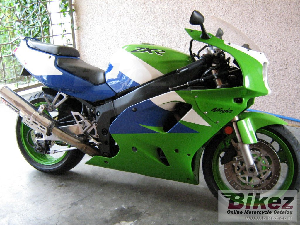 Big  zxr 750 picture and wallpaper from Bikez.com