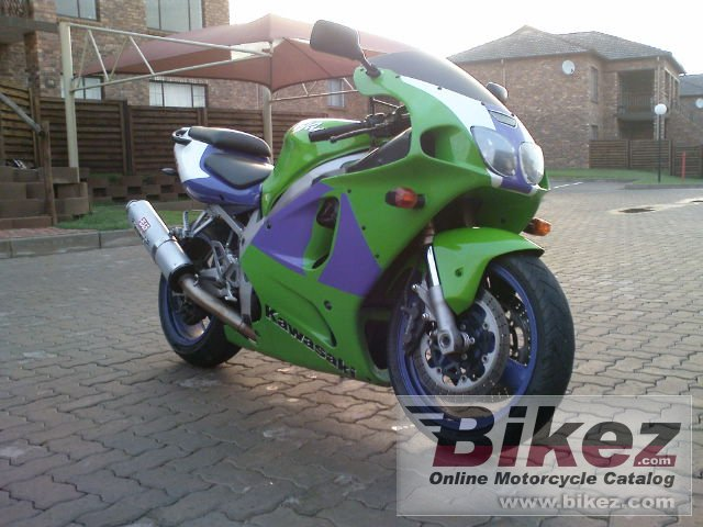 Big  zx-7r ninja picture and wallpaper from Bikez.com