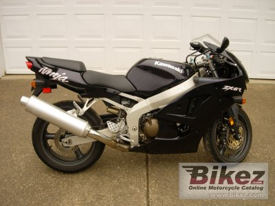1999 Kawasaki ZX-6R Ninja specifications and pictures