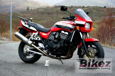 2000 Kawasaki ZRX 1100 specifications and pictures
