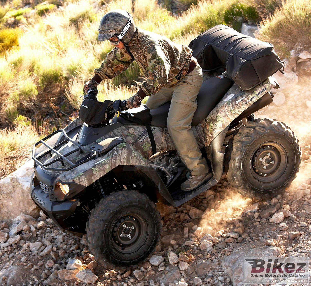 Big Kawasaki brute force 750 4x4i camo picture and wallpaper from Bikez.com