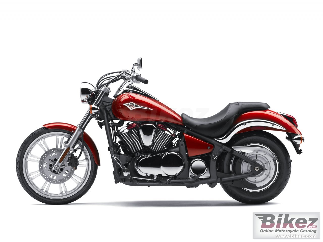 Big Kawasaki vulcan 900 custom picture and wallpaper from Bikez.com