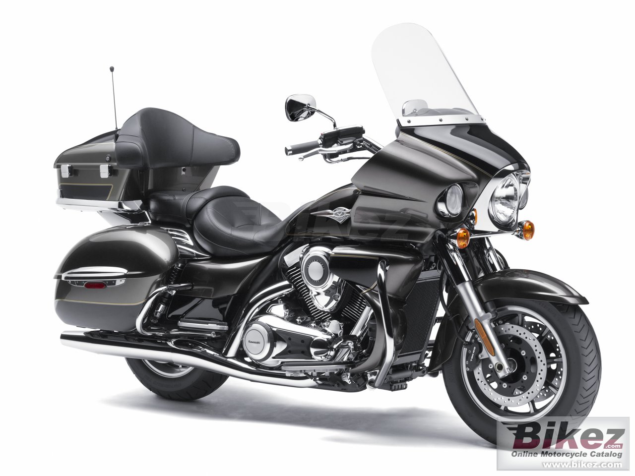 Big Kawasaki vulcan 1700 voyager abs picture and wallpaper from Bikez.com