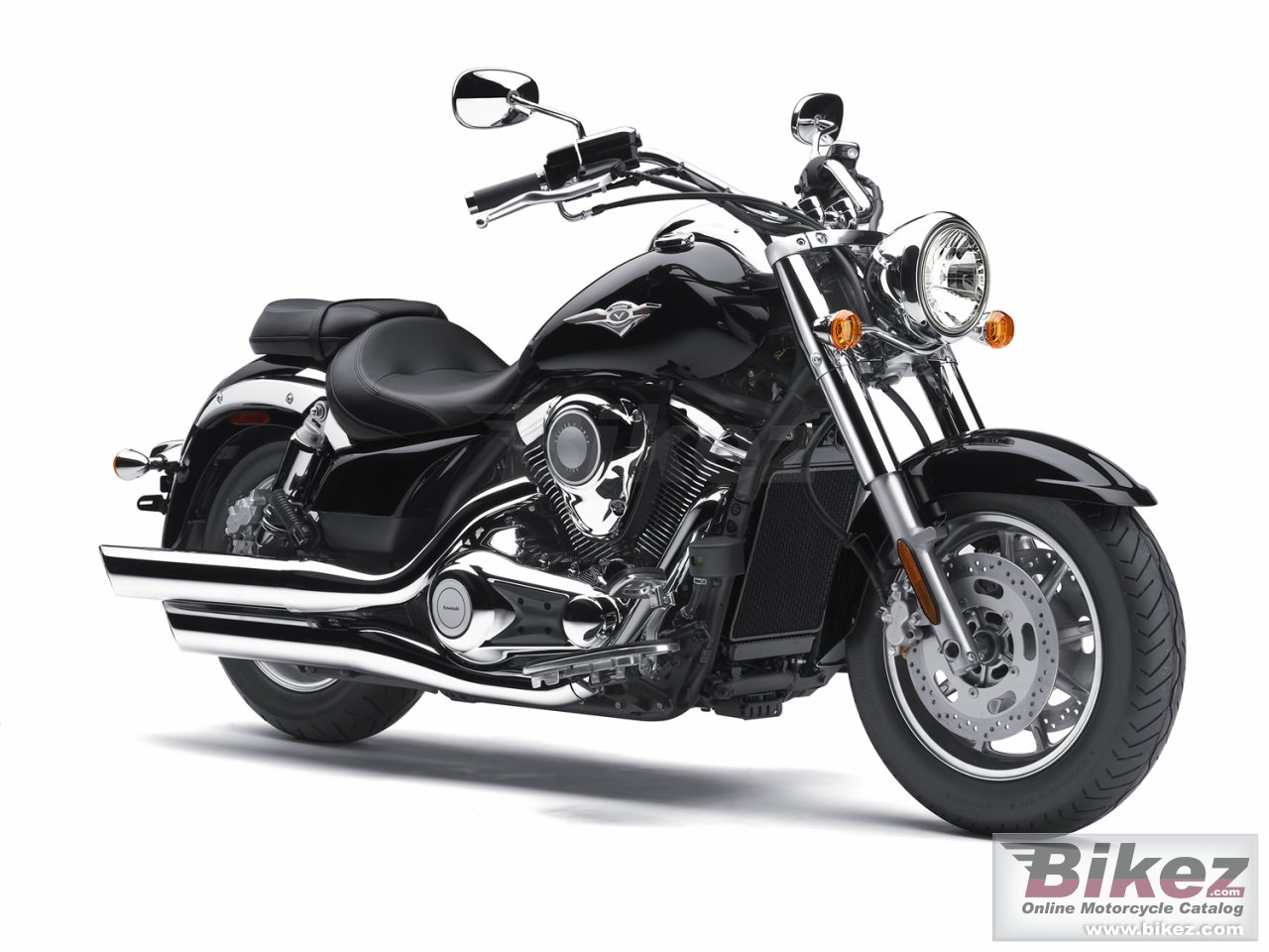 Big Kawasaki vulcan 1700 classic picture and wallpaper from Bikez.com
