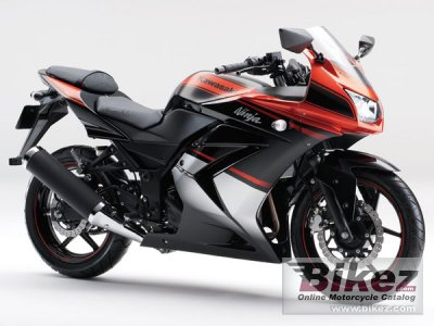 2013 Kawasaki Ninja 250R Special Edition photo