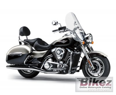 2017 Kawasaki Vulcan 1700 Nomad specifications and pictures