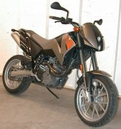 2000 KTM 640 Duke II photo