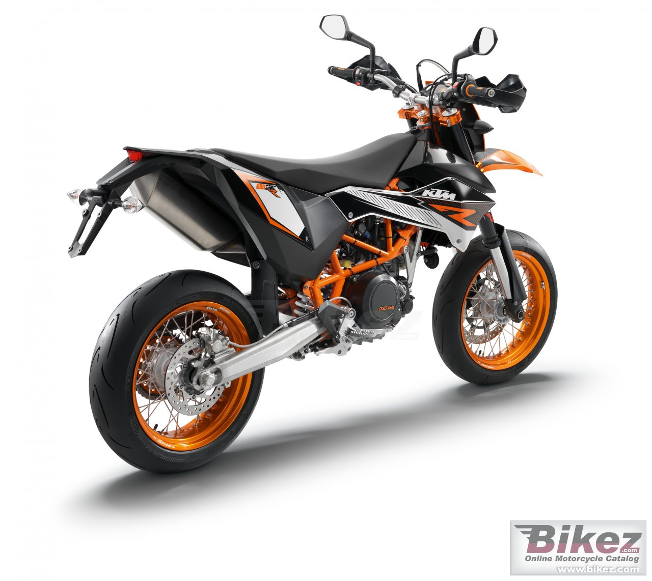 Big KTM 690 smc r picture and wallpaper from Bikez.com