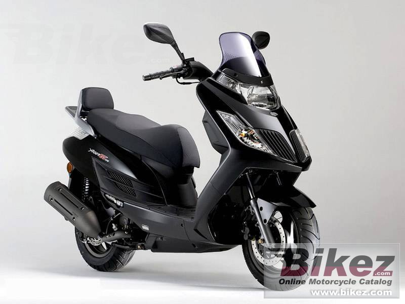 Big Kymco yager gt 125 picture and wallpaper from Bikez.com