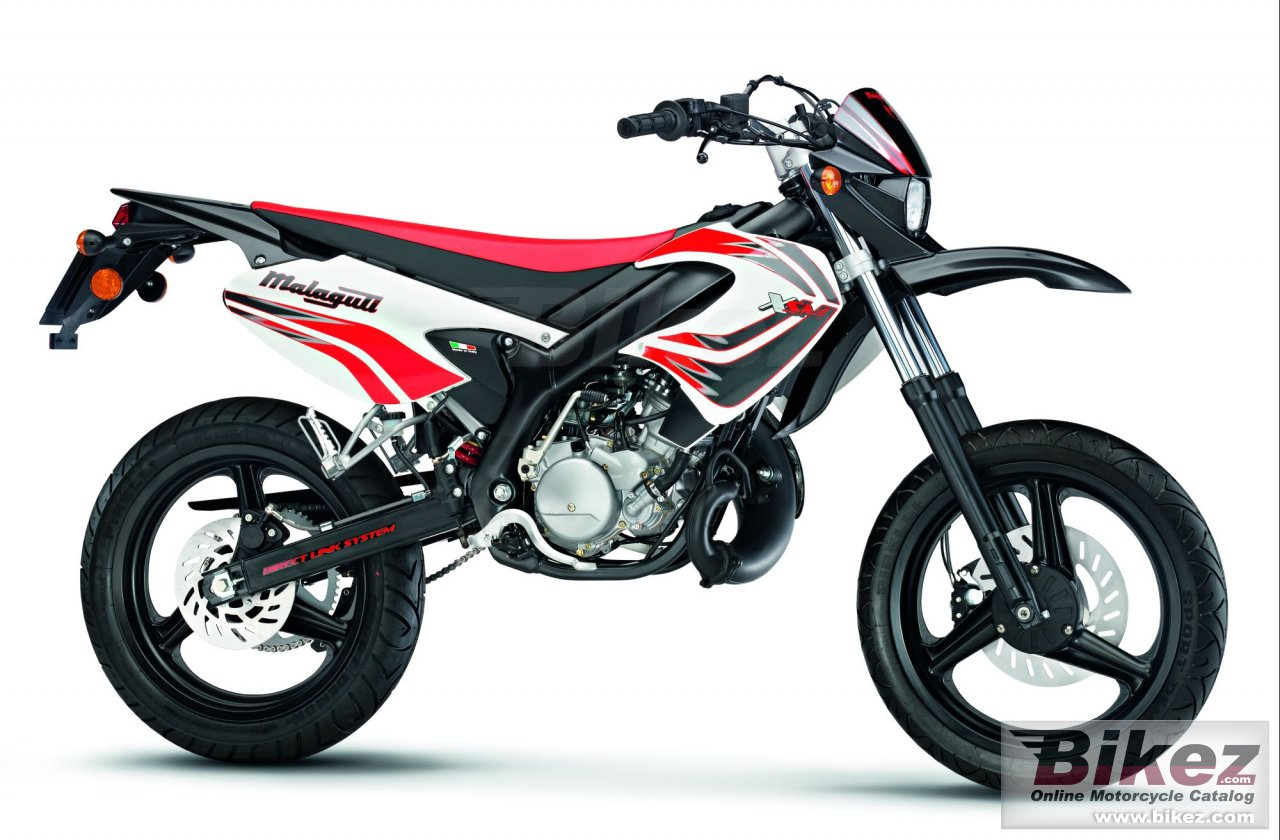 Big Malaguti xsm 50 supermotard picture and wallpaper from Bikez.com
