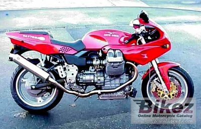 1997 Moto Guzzi Daytona RS photo
