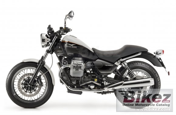 2011 Moto Guzzi Nevada 750 Anniversario photo