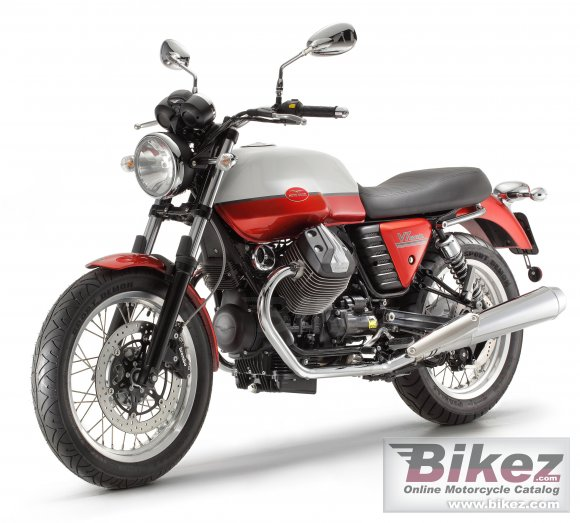 2012 Moto Guzzi V7 Special photo