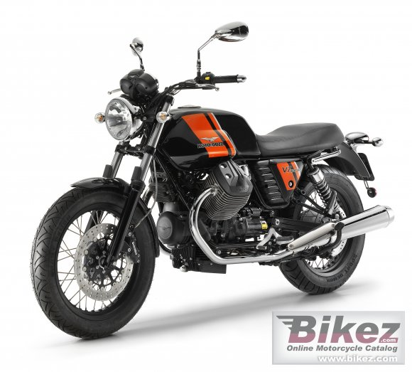 2013 Moto Guzzi V7 Special photo