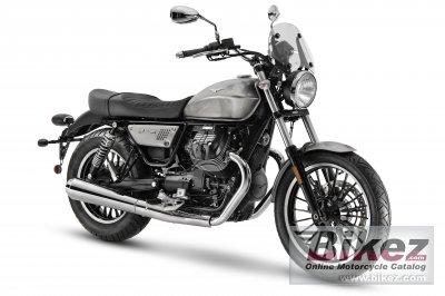 2021 Moto Guzzi V9 Roamer