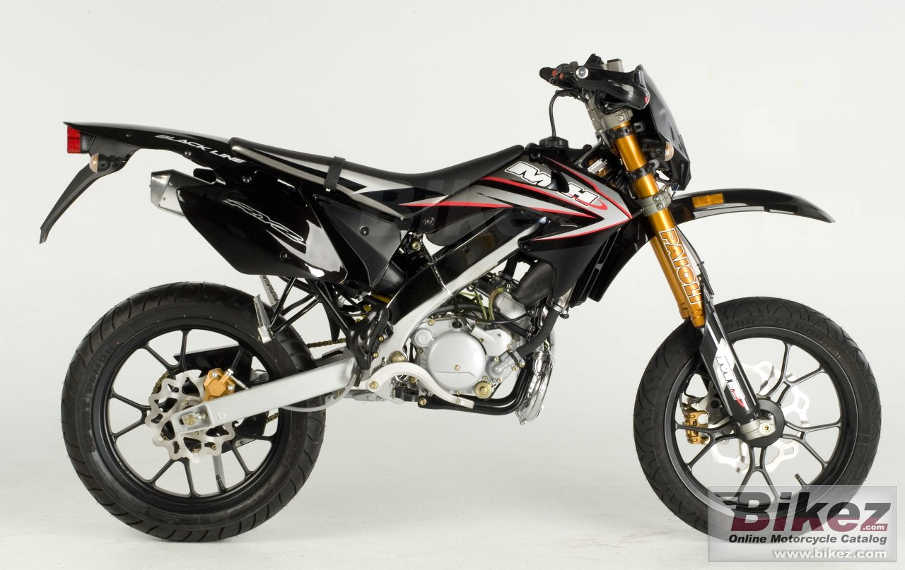 Big Motorhispania black line sm 50 picture and wallpaper from Bikez.com