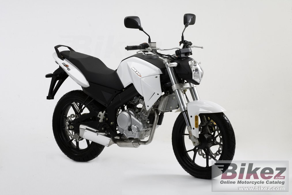 Big Motorhispania mh7 125 naked picture and wallpaper from Bikez.com
