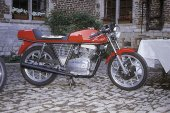 1975 MV Agusta 350 S photo