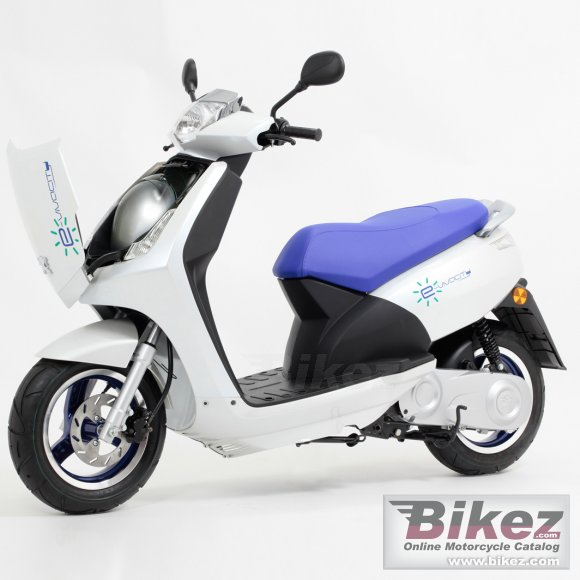 2012 Peugeot Vivacity Electric photo