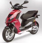 2005 Piaggio NRG MC3 DD photo