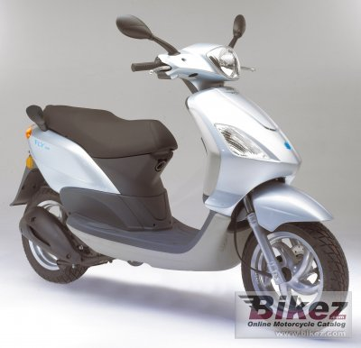 2006 Piaggio Fly 125 photo