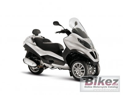 2010 Piaggio MP3 125ie photo