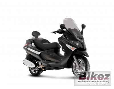 2010 Piaggio XEvo 125 photo