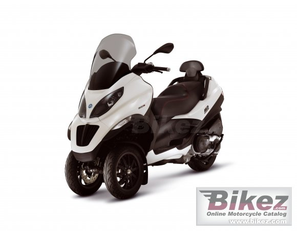 2010 Piaggio MP3 500 photo