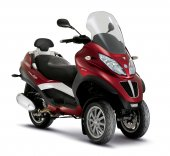 2011 Piaggio MP3 LT photo