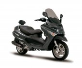 2011 Piaggio XEvo 400 photo