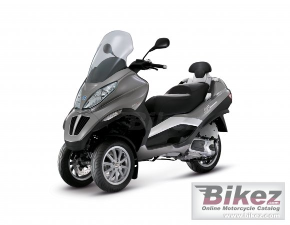 2011 Piaggio MP3 300ie photo