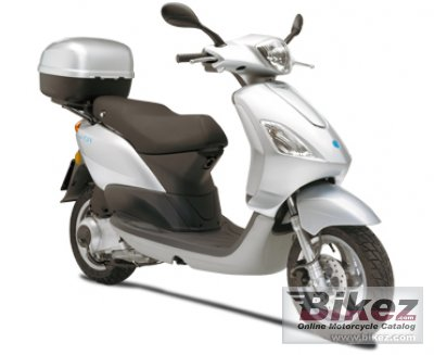 2011 piaggio fly 125 specifications and pictures. Black Bedroom Furniture Sets. Home Design Ideas