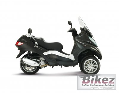 2012 Piaggio MP3 Touring 300 photo
