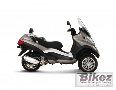 2012 Piaggio MP3 Touring LT 300 photo