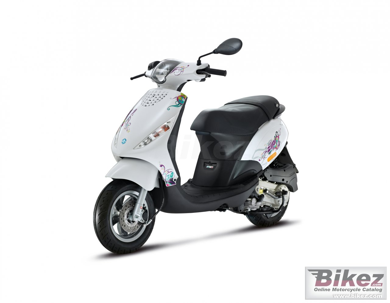 Big Piaggio zip special edition picture and wallpaper from Bikez.com