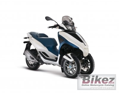 2013 Piaggio MP3 Yourban 300 LT photo