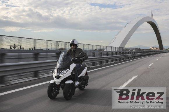 2020 Piaggio MP3 300 hpe Sport
