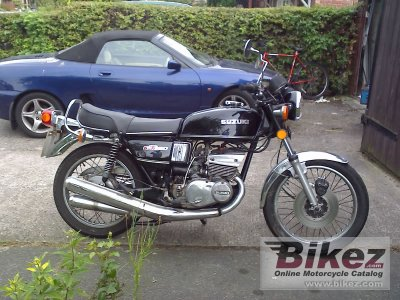 1977 Suzuki GT 380 photo