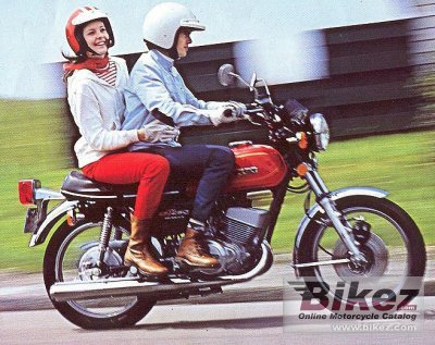 1977 Suzuki GT 250 photo