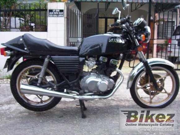 1982 Suzuki GSX 250 E photo