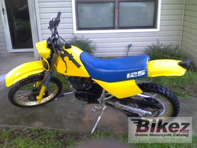 1983 suzuki dr 125 s specifications and pictures. Black Bedroom Furniture Sets. Home Design Ideas