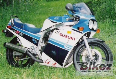 1985 Suzuki GSX-R 750 photo