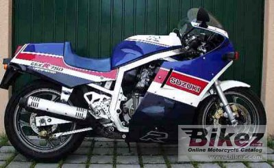 1986 Suzuki GSX-R 750 Special Edition (reduced effect) photo