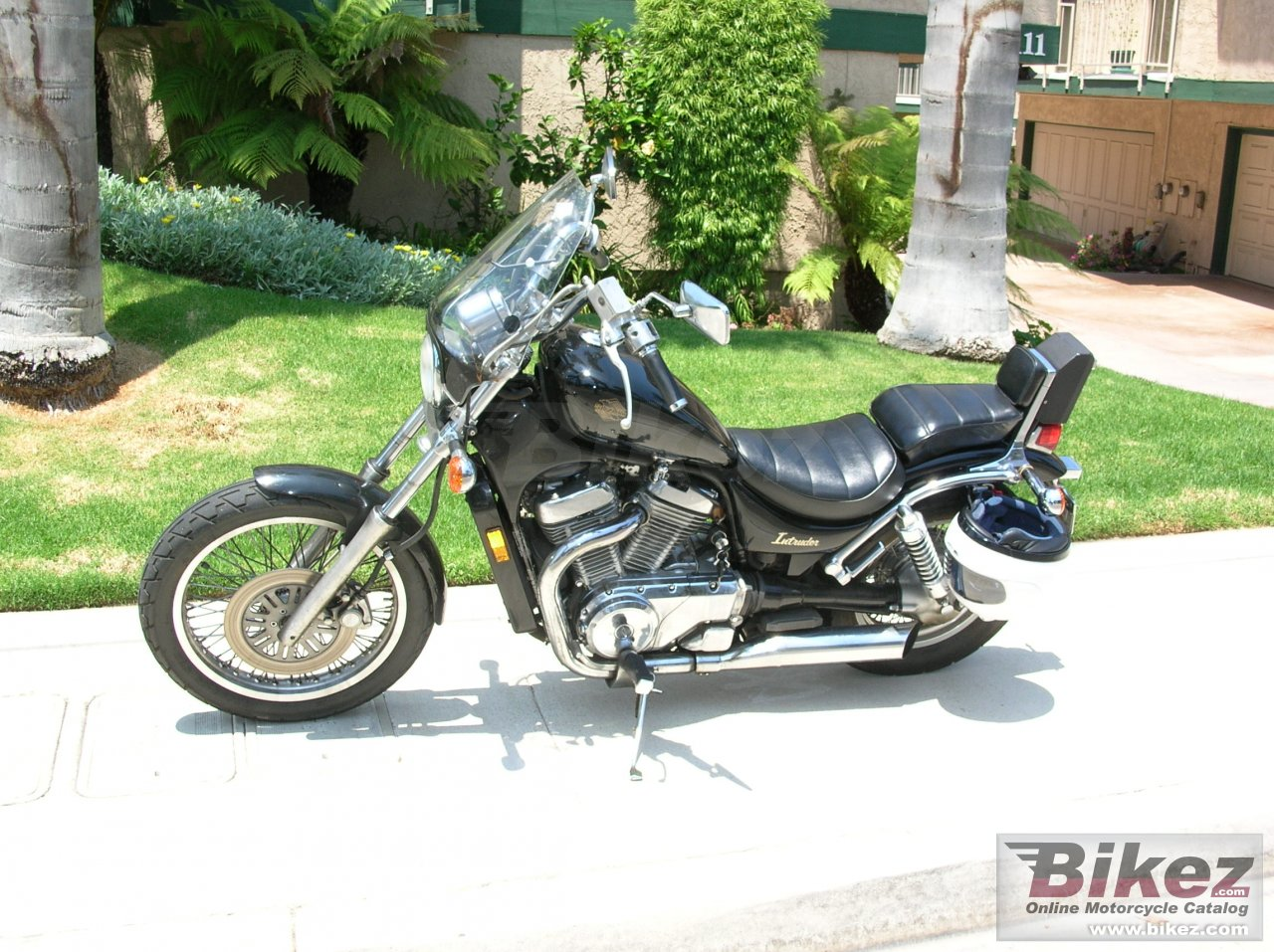 Big  us 750 gl intruder picture and wallpaper from Bikez.com