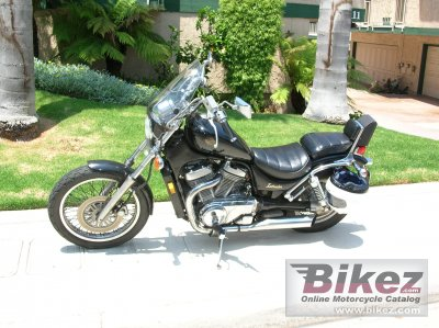 1987 Suzuki US 750 GL Intruder specifications and pictures